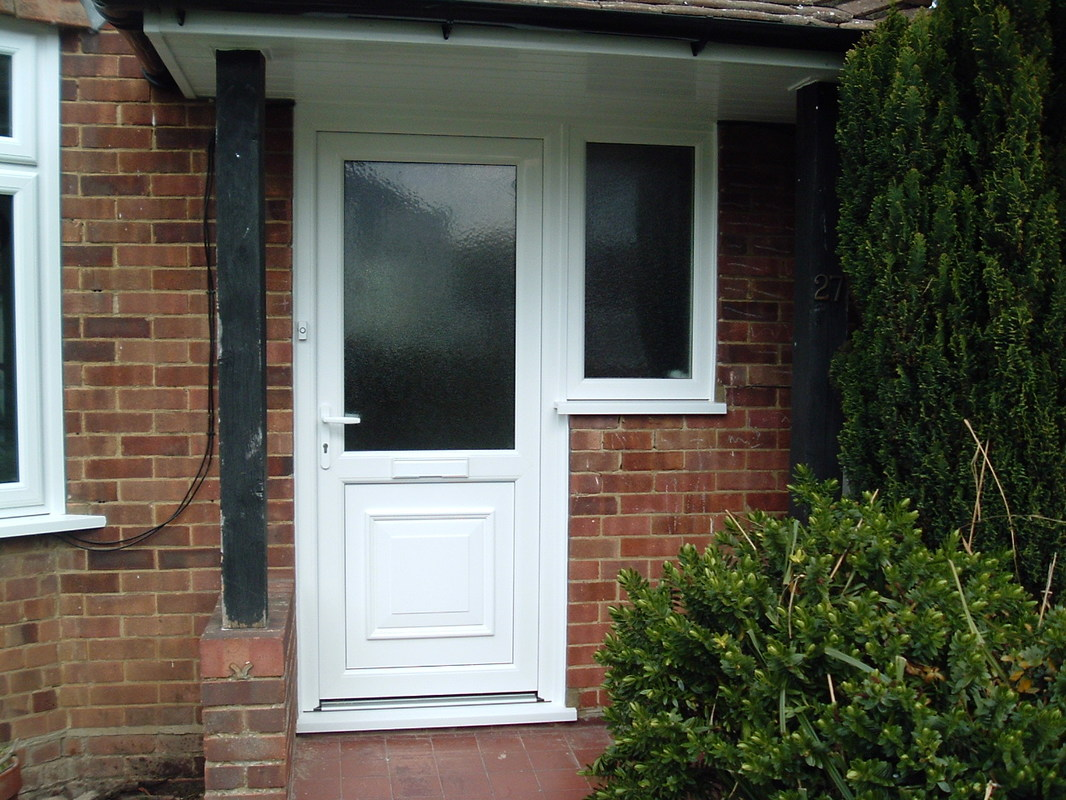 Upvc single entrance doors kent home improvements 01843 299000 entrance door installations web hosting by ipage rubansaba